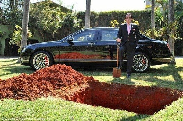 image-of-brazilian-millionaire-tried-to-bury-his-bentley