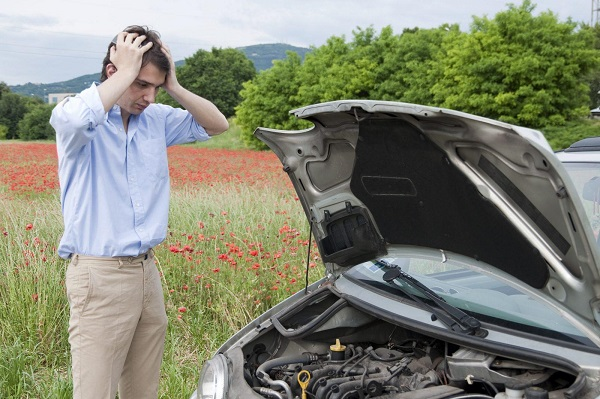 image-of-habits-that-kills-car-battery