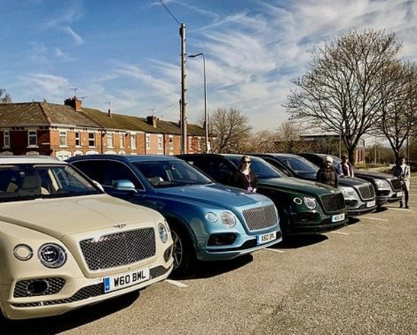 image-of-rolls-royce-and-bentley-donate-cars-to-charities-and-hospitals