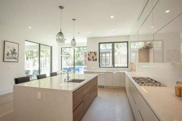 image-of-wiz-khalifa-luxury-house