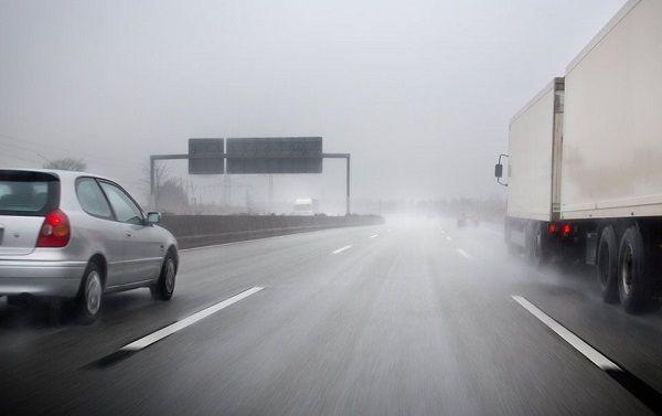 image-of-09-tips-of-driving-inside-rain