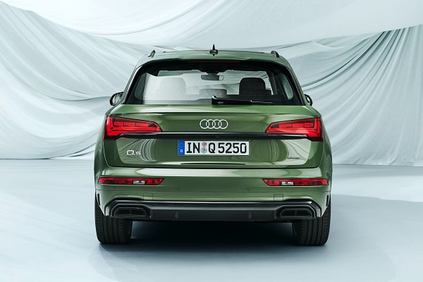 image-of-2021-audi-q5-rear-view