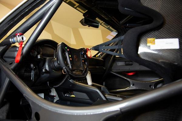 image-of-porsche-935-martini-livery-interior-view