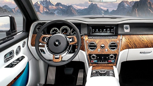 image-of-rolls-royce-cullinan-interior-design