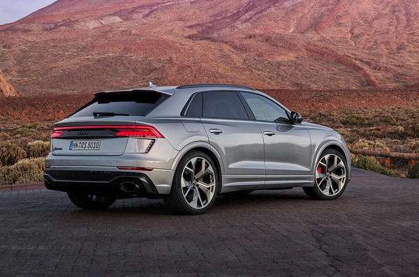 image-of-audi-rs-q8-super-suv-rear-view