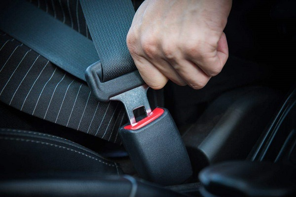 image-of-why-you-should-wear-seatbelts-on-cars9ja
