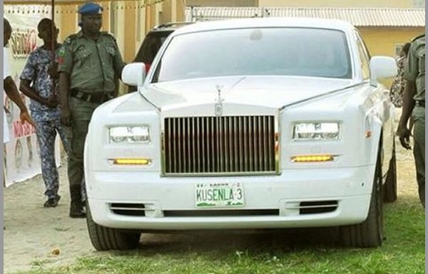 image-of-oba-elegushi-poses-with-rolls-royce-and-1960-deville
