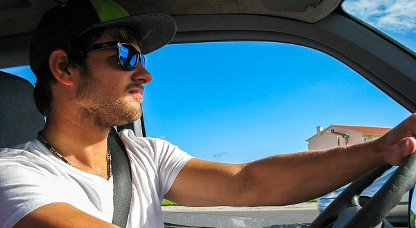image-of-sunglasses-when-driving