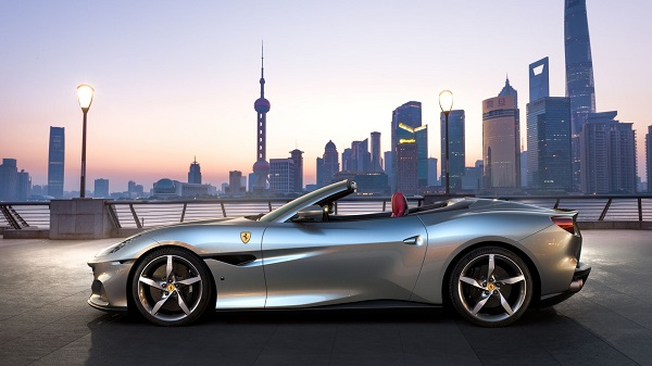 image-of-Ferrari-Portofino-M-side-view