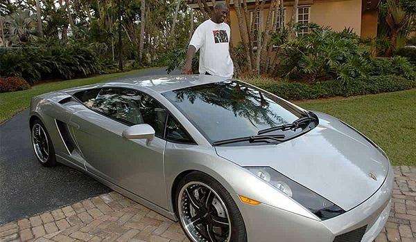 image-of-hoffa-Lamborghini-stretched-gallardo