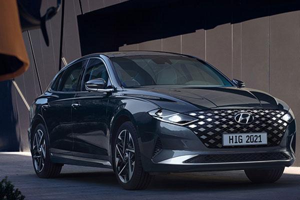 image-of-2021-Hyundai-Azera-front
