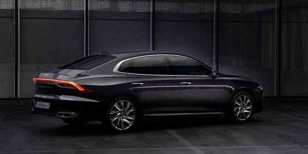 image-of-2021-Hyundai-Azera-side-view