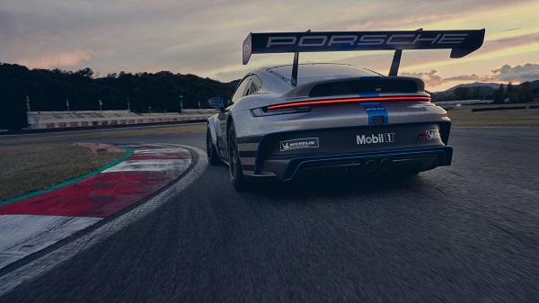 image-of-all-new-2021-Porsche-911-GT3-Cup