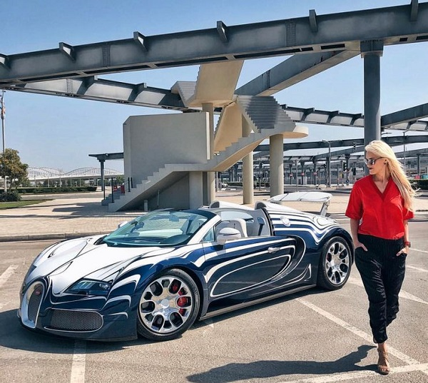 image-of-alex-hirschi-net-worth-and-cars