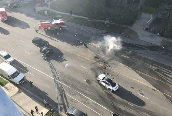 image-of-ford-gt-crash-in-los-Angeles