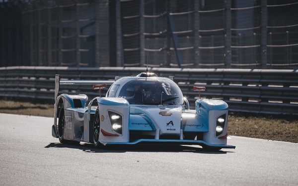 image-of-hydrogen-powered-car-by-hyundai-and-forze