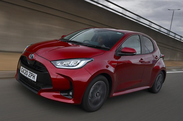image-of-Toyota-Yaris-wins-car-of-the-year-award-2021