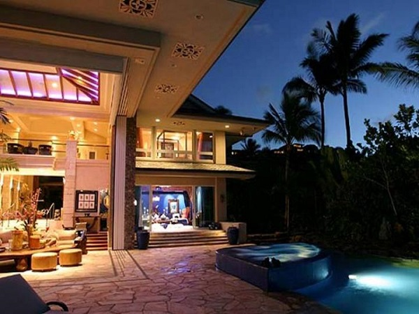 image-of-tiger-woods-home