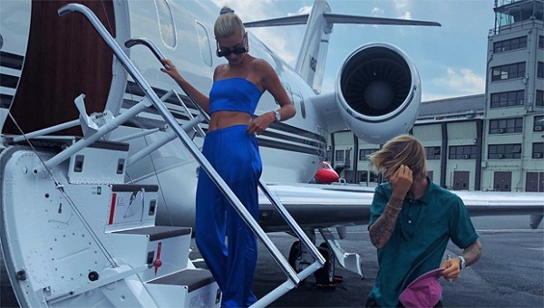 image-of-celebrity-private-jet