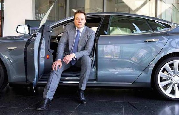 image-of-spacex-owner-car