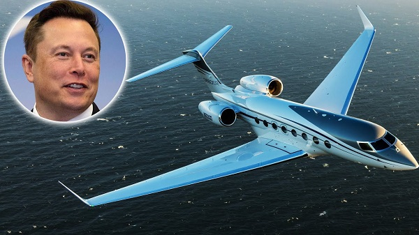 image-of-elon-musk-private-jet