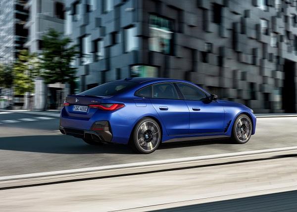 image-of-2022-BMW-i4-M50