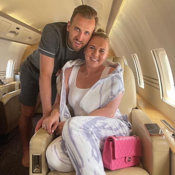 image-of-spurs-striker-private-jet